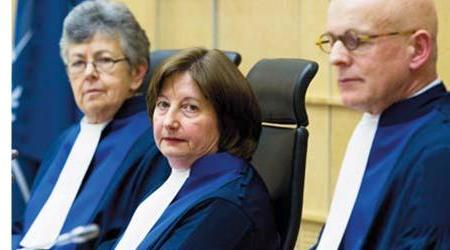 Au centre: Silvia Fernandez de Gurmendi, juge présidente de la chambre préliminaire I de la CPI.