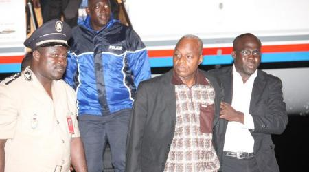 Moïse Lida Kouassi lors de extradition le 06 juin 2012 sur Abidjan.