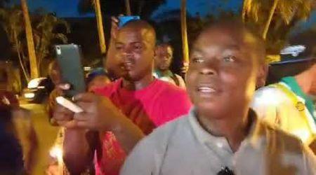 Les militants du PDCI-RDA devant le domicile de Bédié pour une prière de soutien