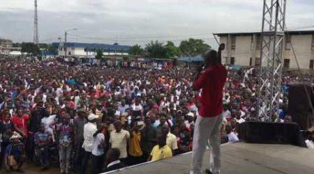 Le pouvoir au peuple: Mamadou Koulibaly (LIDER) ovationné à Yopougon (22.10.2016)