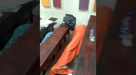 À Abidjan, des étudiants ivoiriens sans toit dorment dans les amphis
