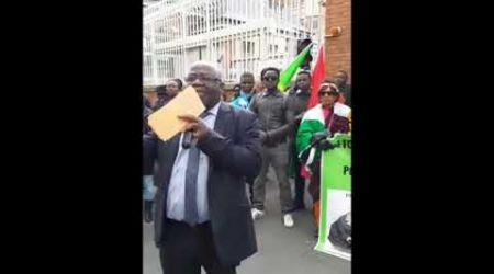 NON  !!!  AU FRANC CFA - DÉMONSTRATION DU Prof.  NICOLAS AGBOHOU -CE 9 MARS 2019  À CHAMALIÈRE