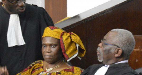 """Résultat de recherche d'images pour """"simone gbagbo devant les juges"""""""